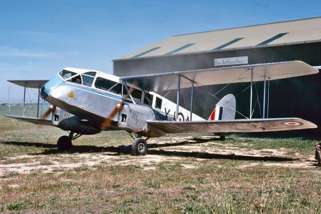 De Havilland Canada Twin Otter (VH-AQU) - DE HAVILLAND DH-84 DRAGON - REG : VH-AQU (CN DHA2048) - ALDINGA SA. AUSTRALIA - YADG 25/10/1981