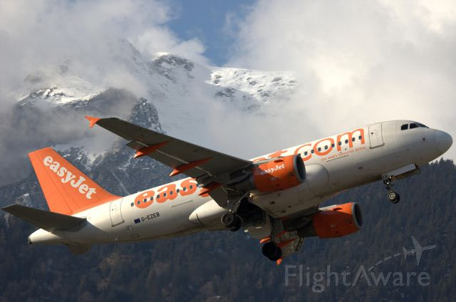Airbus A319 (G-EZEB) - Beautiful Take-Off from Innsbruck.