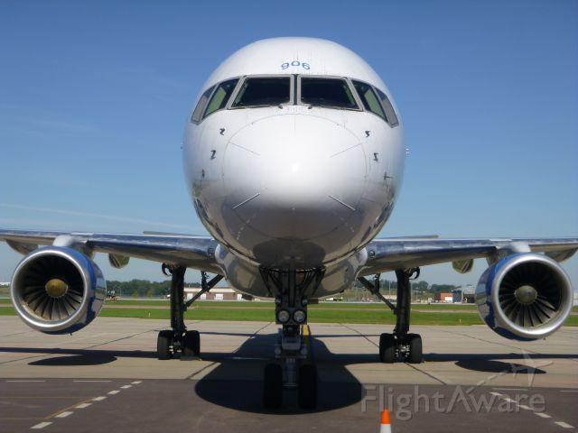 Boeing 757-200 (N906NV) - Allegiant Air