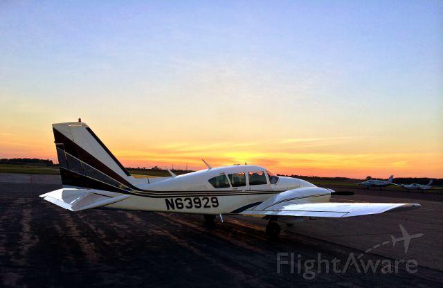 Piper Aztec (N63929) - Sunset