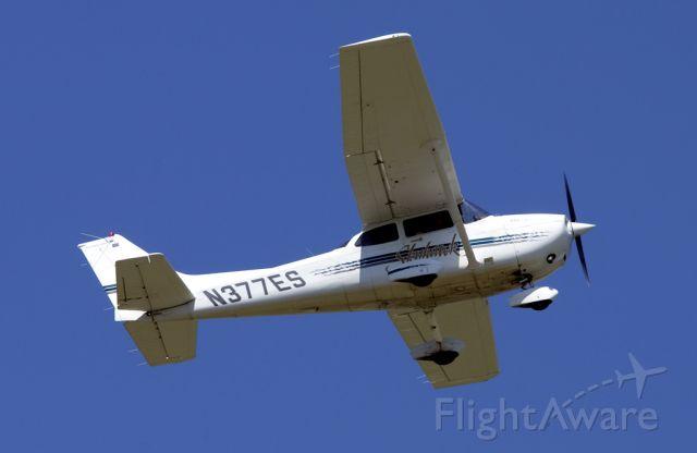 Cessna Skyhawk (N377ES)