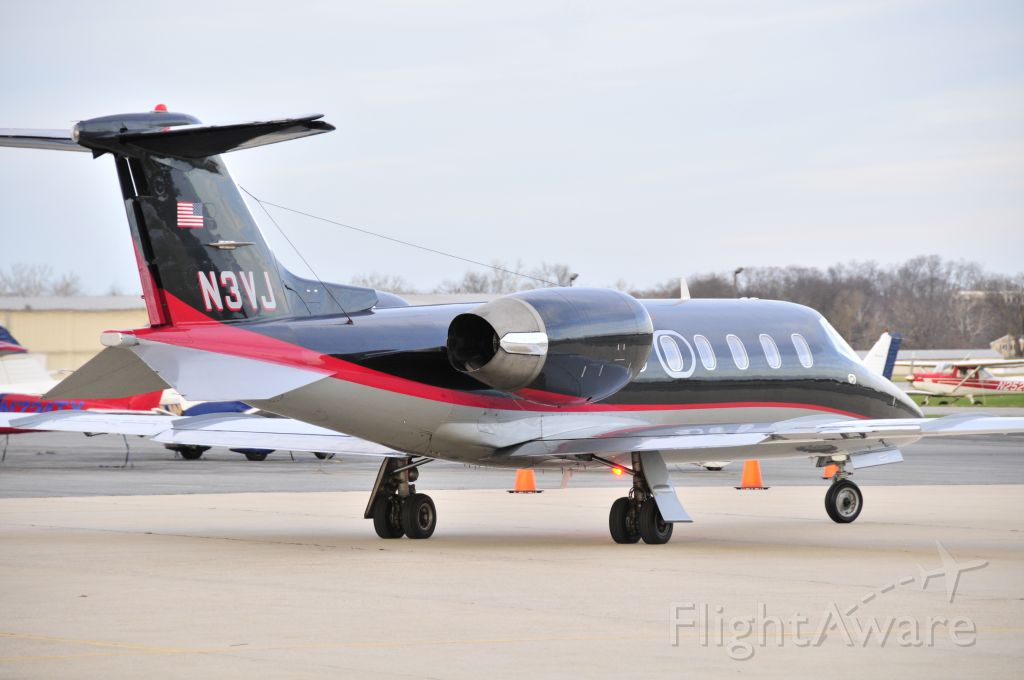 """Learjet 31 (N3VJ) - Seen at KFDK on 11/29/2009.      <a href=""""http://discussions.flightaware.com/profile.php?mode=viewprofile&u=269247"""">  [ concord977 profile ]</a>     NEGATIVE VOTE COURTESY OF SHREVEPORT, LOUISIANA USER WHO"""