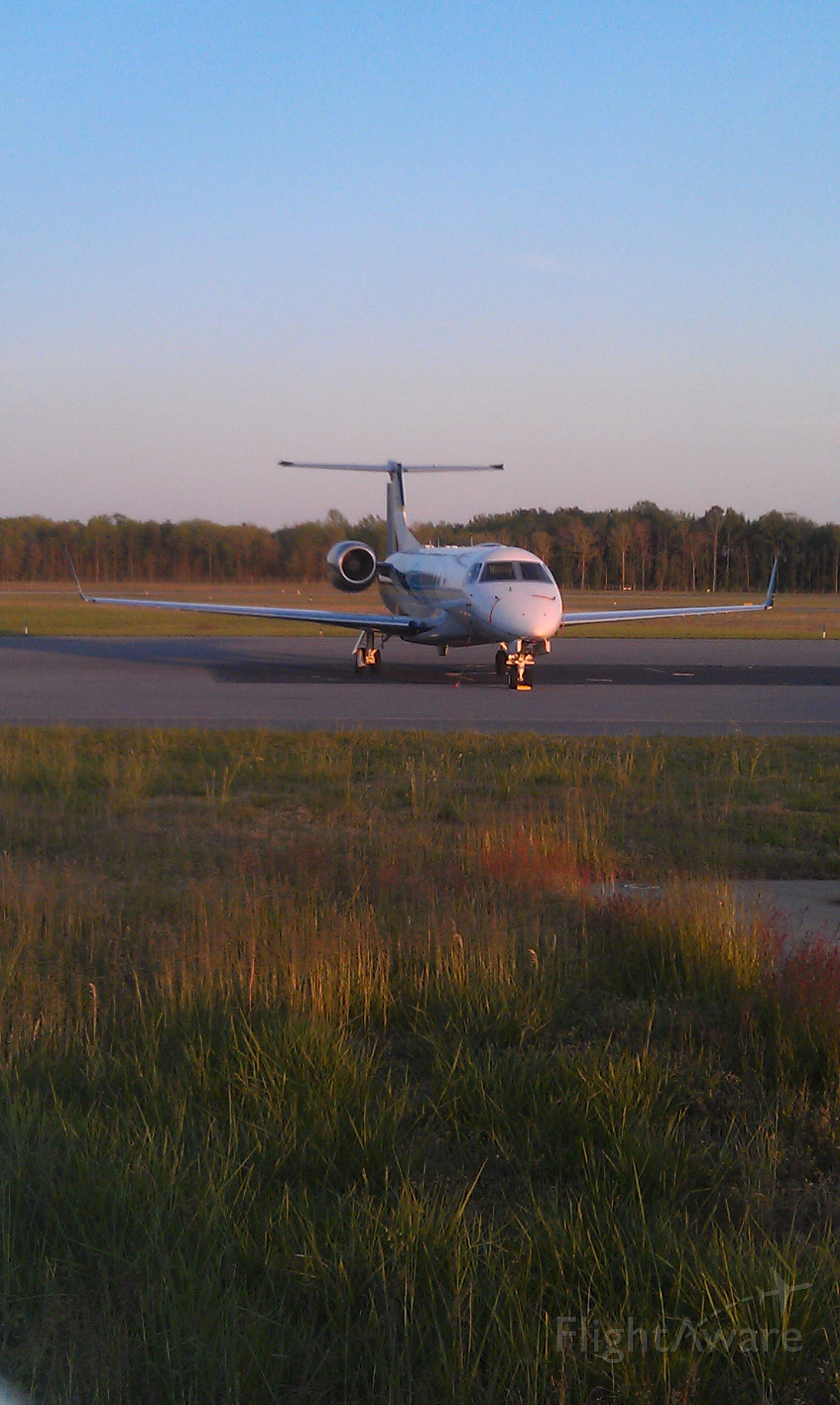 Embraer ERJ-135 (PT-SCR) - On the ramp at Salisbury Airport, 4/25/2012