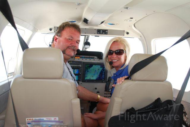 Piper Saratoga (N127GT) - Crusin over Florida.......