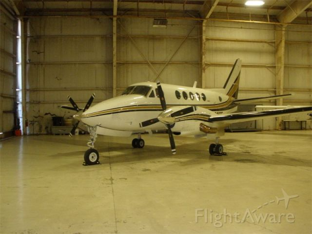 Beechcraft King Air 100 (N700TF)