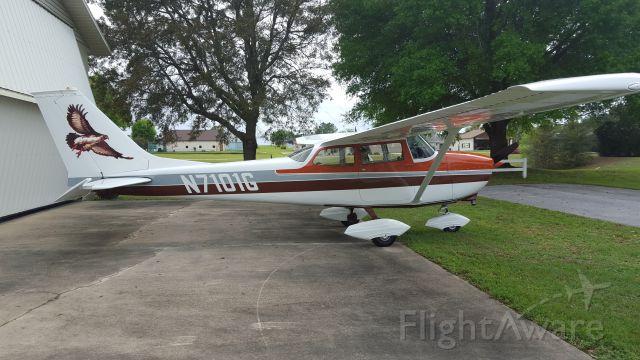 Cessna Skyhawk (N7101G)