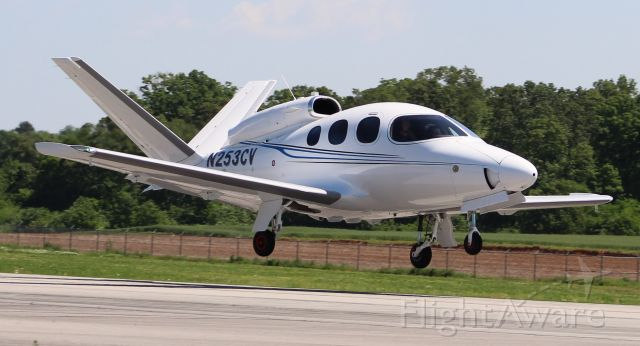 Cirrus Vision SF50 (N253CV) - A Cirrus Vision Jet SF50, serial number 0005, just prior to touchdown on Runway 18, Pryor Field Regional Airport, Decatur, AL - May, 8, 2018.