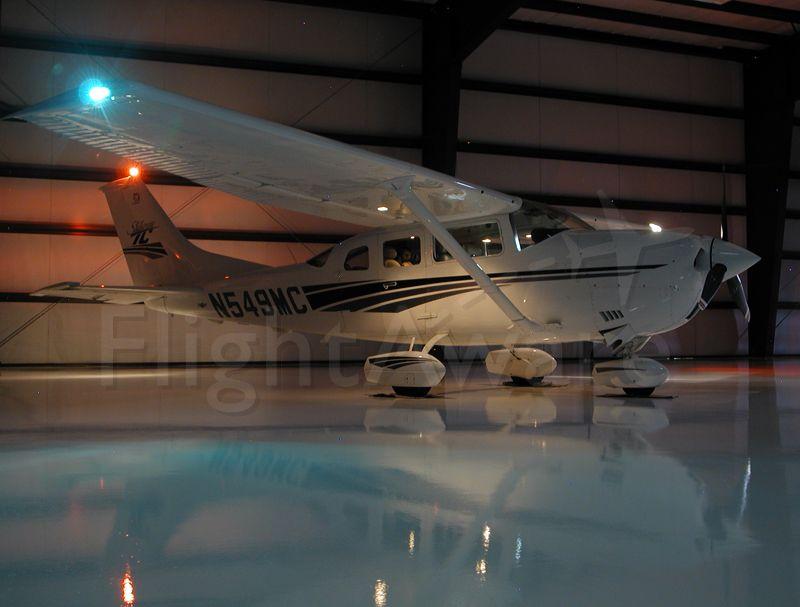 Cessna 206 Stationair (N549MC)