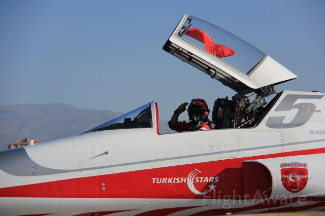 — — - TURKISH STARS,134 THE SQUADRON TEAM..KONYA-TURKIYE AIR BASE NUMBER 5 PILOT CAPT.. KOCABAS AFTER DEMO, WHILI GOING TO PARKING POSITION..