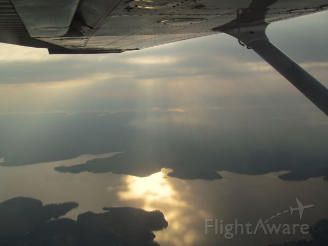 Cessna Skyhawk (N5335G) - Lake Barkley in the early evening hours.