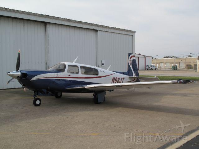 Mooney M-20 Turbo (N98JT)