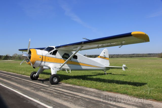 Diamond DA-20 (N522PJ) - The first fly in sponsored by the City of Nacogdoches TX celebrates the the Azalea Festival.  This 1950 DHC-2 is a beautiful restored example of workmanship and attention to detail.