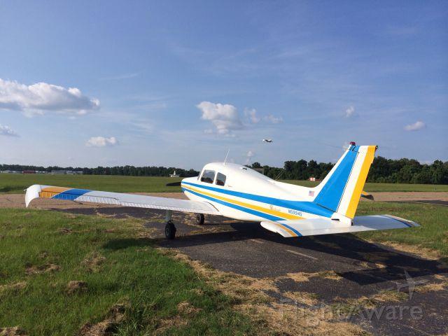 Beechcraft 19 Sport —