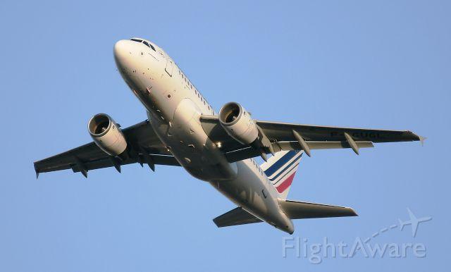 Airbus A318 (F-GUGL) - Airbus A318-111, Paris Charles De Gaulle (LFPG-CDG)