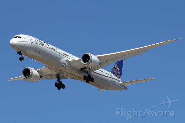 BOEING 787-10 Dreamliner (N14001) - 05/06/2021:  Flight from Newark (EWR) on landing path to runway 30.