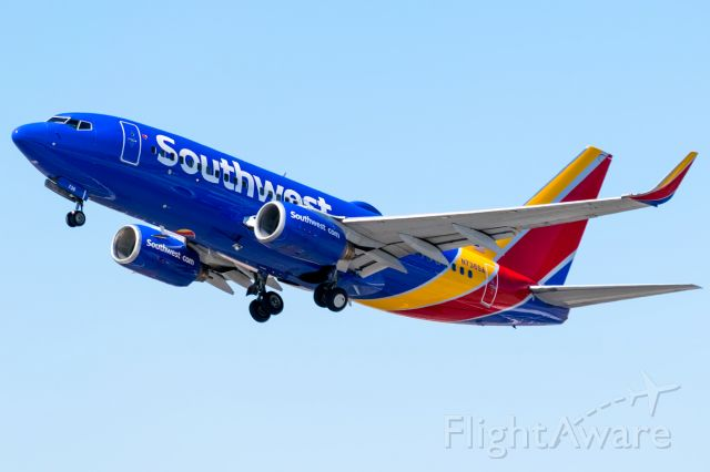 Boeing 737-700 (N736SA) - Another sleek Southwest jet lifting off for a low cost destination