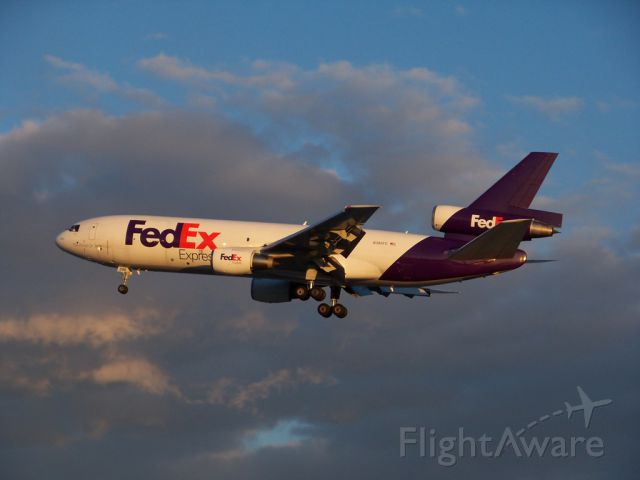 McDonnell Douglas DC-10 (N386FE) - FedEx 505 Heavy landing at Detroit Metro Airport (KDTW) in the last light of day, 4 March 2010