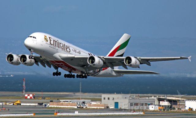 Airbus A380-800 (A6-EOD)