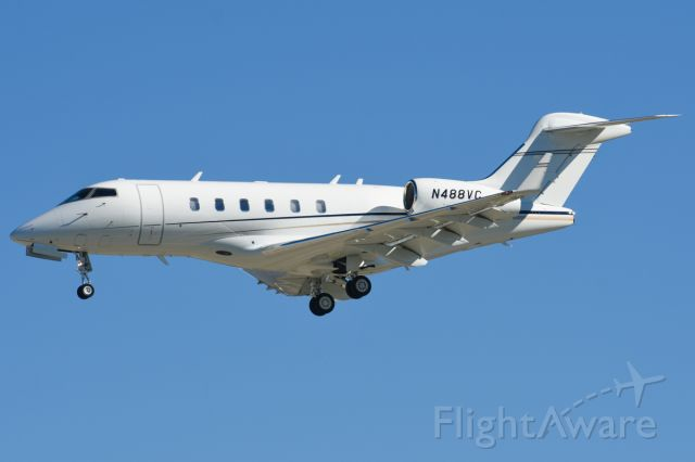 Bombardier Challenger 300 (N488VC) - Private Challenger 300 arriving fromPhiladelphia Intl (KPHL) for the big game.