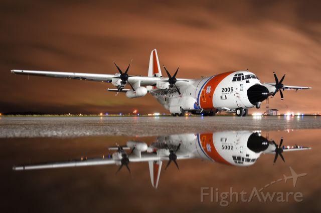 Lockheed C-130 Hercules (02005)