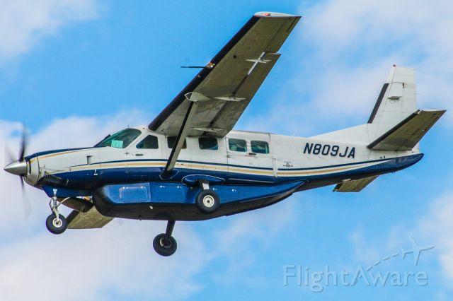 Cessna Caravan (N809JA) - View at full for best quality.