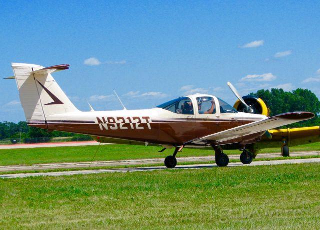 Piper Tomahawk (N9212T) - At Oshkosh. 1978 Piper PA-38-112