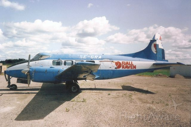 Hawker Siddeley Dove (SE-GRA) - Seen here in Jun-92.