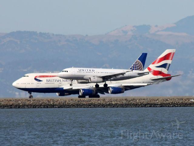 Airbus A319 (N827UA) - What an amazing scene WOW !!!