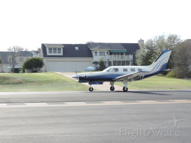 Piper Malibu Mirage (N280KT) - The local meridian slowing down