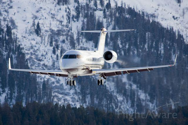 Canadair Challenger (N765WT) - Haulin the mail...
