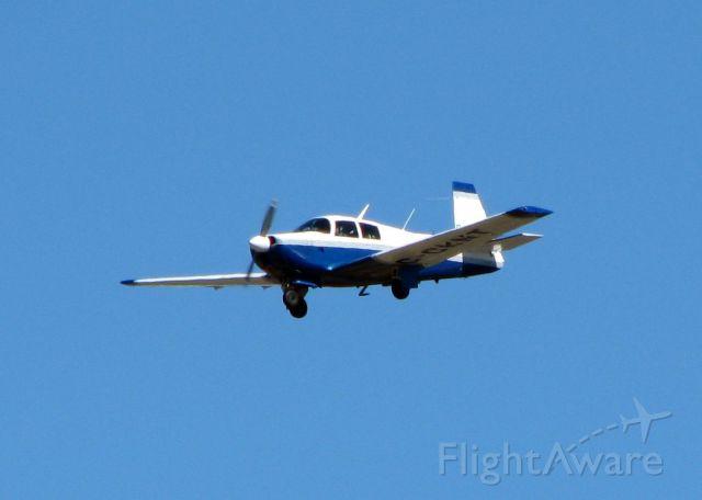 Mooney M-20 (C-GKNT) - Landing at Shreveport Regional.
