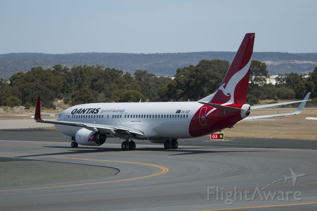 Boeing 737-800 (VH-XZF)