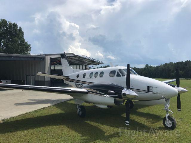 Beechcraft King Air 90 (N103BL)