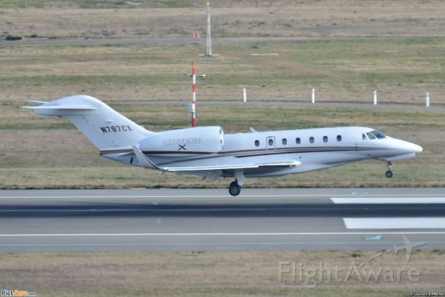 Cessna Citation X (FIV705) - Landing in Toulouse France
