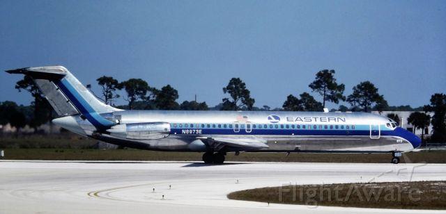 McDonnell Douglas DC-9-30 (N8973E) - 1989