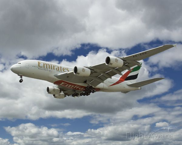 Airbus A380-800 (A6-EDD) - Emirates on Finals