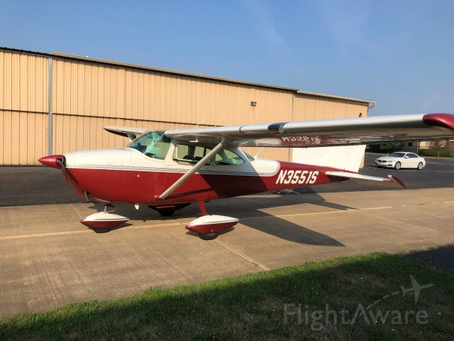 Cessna Skyhawk (N3551S)