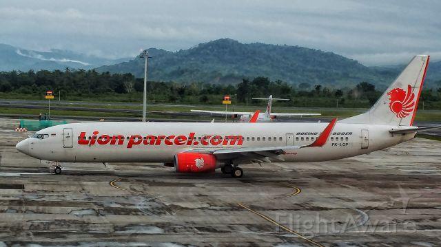 Boeing 737-900 (PK-LGP)