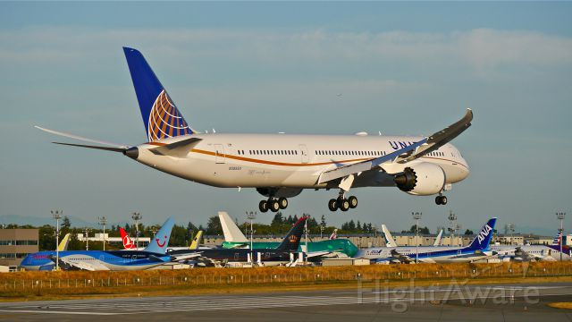 Boeing 787-9 Dreamliner (N38950) - BOE167 on final to Rwy 16R to complete its maiden flight on 7/11/14. (LN:181 / cn 36402).