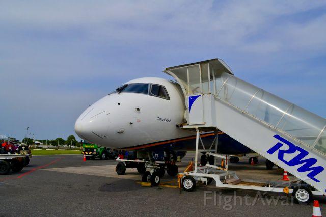 Embraer ERJ-190 (PR-AUO)