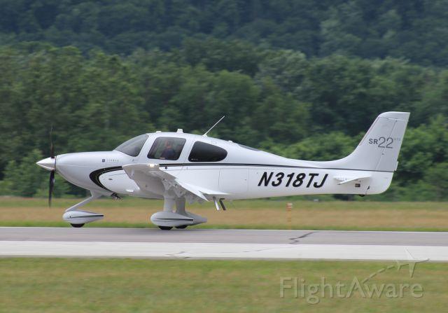 Cirrus SR-22 (N318TJ)