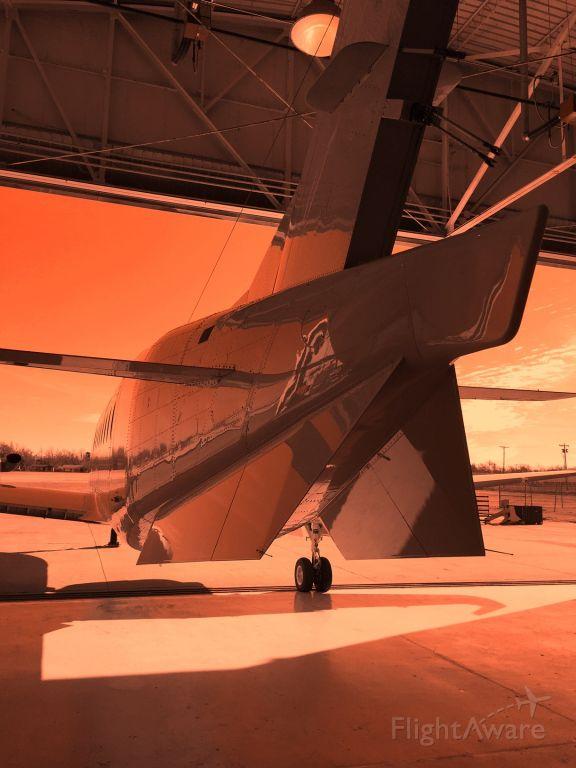 Beechcraft 1900 (N105EV)