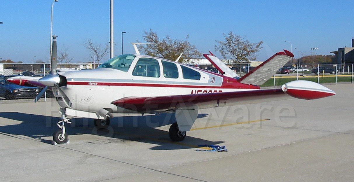Beechcraft 35 Bonanza (N529DD)