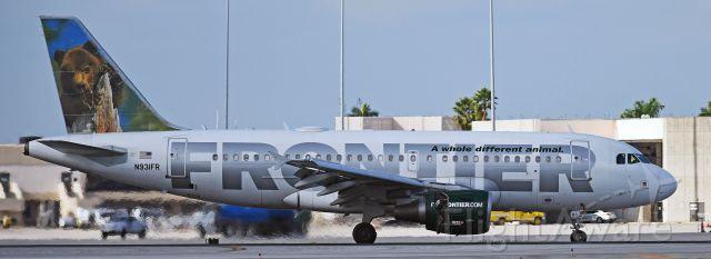 Airbus A320 (N931FR)