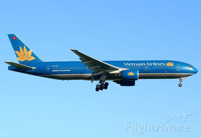 Boeing 777-200 (VNA145)