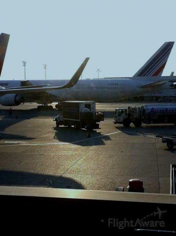 Boeing 777-200 (F-GZNB)