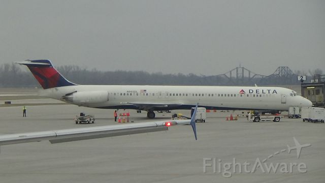 McDonnell Douglas MD-88 (N985DL) - A 27 year-old Delta MADDOG at Omaha!! Date - Apr 4, 2019