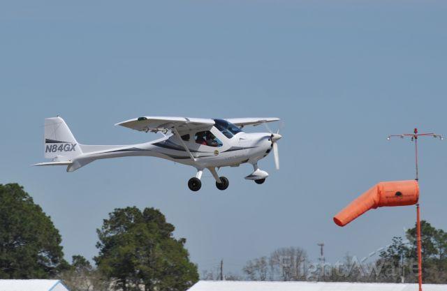 "Experimental <100kts (N84GX) - ""Light sport"" Take off runway 14 KLVJ"
