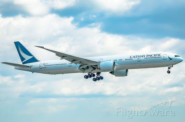 Boeing 777-200 (B-KQA)
