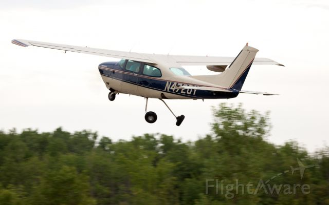 Cessna Centurion (N4720Y) - Take off RW08. Great airport with friendly people!